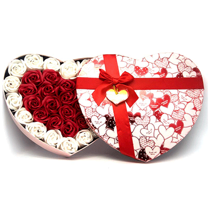 urban chakkar small heart shape artificial rose box - assorted
