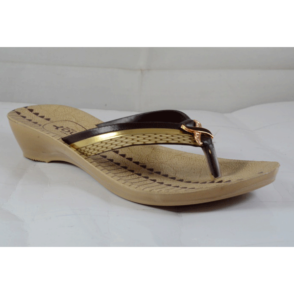 PU Hills 5 To 8 Size v - shape Women Slipper Brown